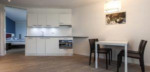 kleine Küchenzeile im Design-Zimmer des Hotels Stella