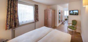 Einfaches, helles Doppelzimmer auf der Nordseite