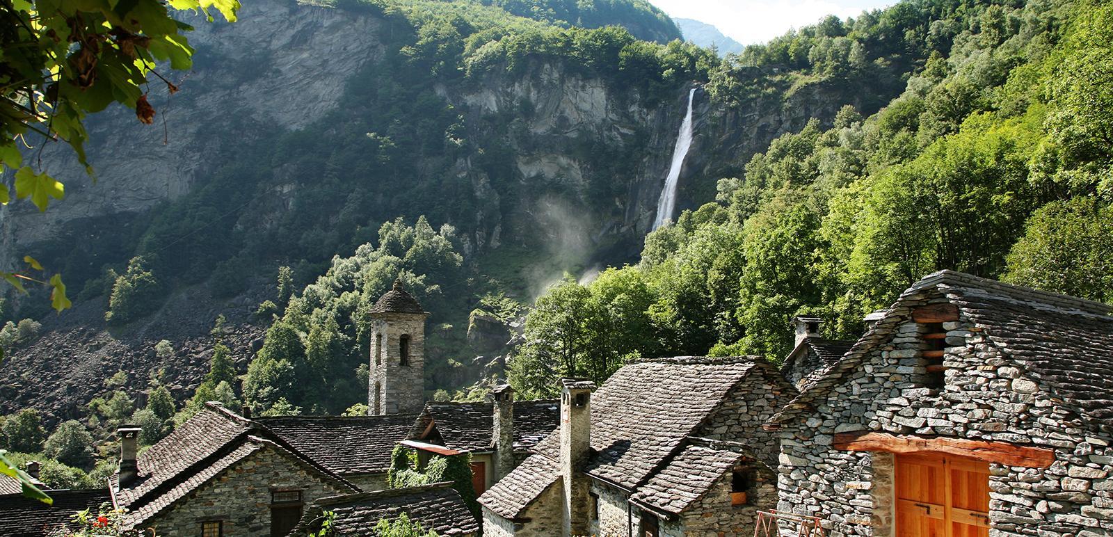 Der Wasserfall Foroglio im Val Bavona - Ticino